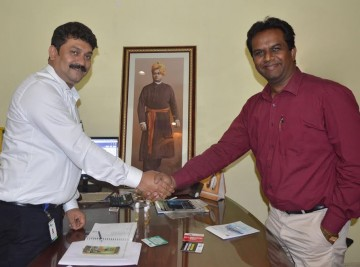 Meeting with Prof. Dr. Raja Shunmugam of IISER, Kolkata
